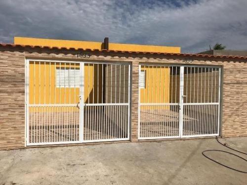 Casa Com 2 Quartos, Aceita Financiamento Bancário! 5513/pg