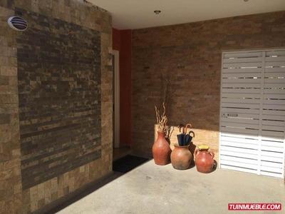 Cc Casas En Venta Dv Co Mls #18-1628