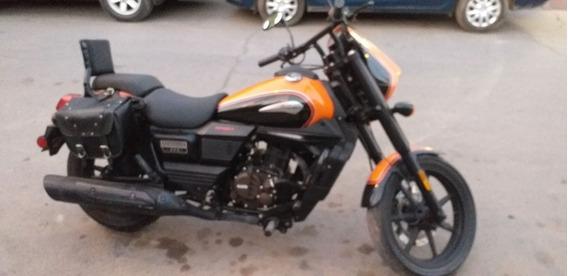 Um Um Sport 300cc