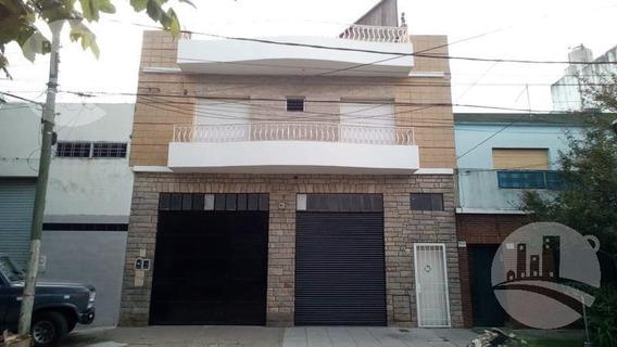 Edificio Comercial - Jose Ingenieros