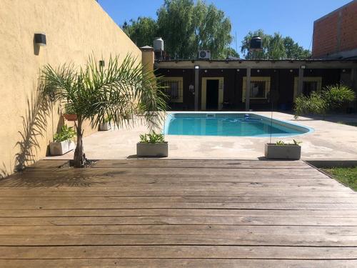 Imagen 1 de 11 de Casa Quinta En Alquiler. Gral Rodriguez - Con Pileta 2021-22