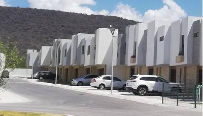 Casa En Venta El Refugio Queretaro 3 Recamaras
