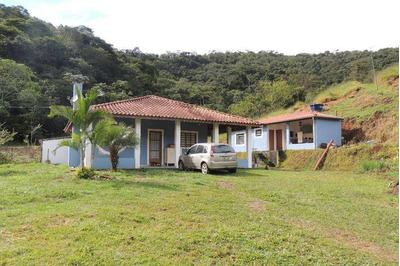 Sítio Com 2 Dormitórios À Venda, 48000 M² Por R$ 350.000 - Registro - Taubaté/sp - Si0002