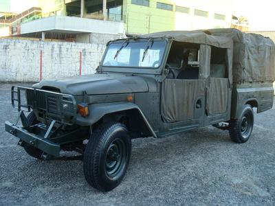 Cabine Dupla Xingu Militar 4 Portas Modelo Pantera Negra