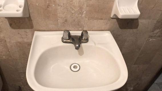Rento Casa Dos Recamaras, Baño, Cocina, Sala Comedor,