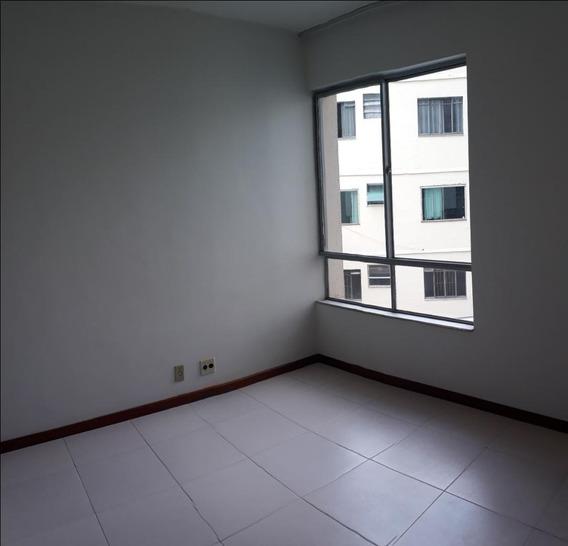 Apartamento Em São Mateus, Juiz De Fora/mg De 80m² 2 Quartos Para Locação R$ 500,00/mes - Ap308303