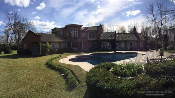 Se Vende! Hermosa Casa Con Piscina En Country San Diego