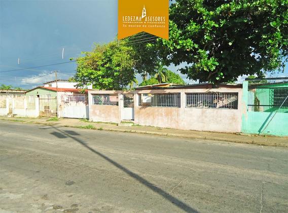 Ledezma Asesores Vende Casa En Agosto Mendez. La Sabanita