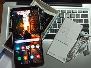 Samsung J8 Dorado Impecable 32gb