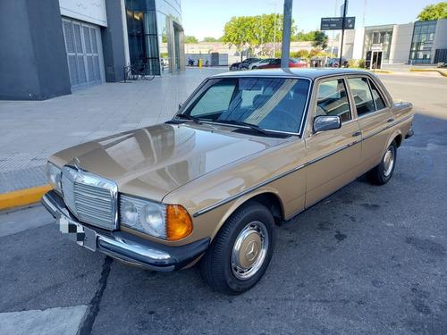 Mercedes Benz 230 E  1981 120.000 Kms