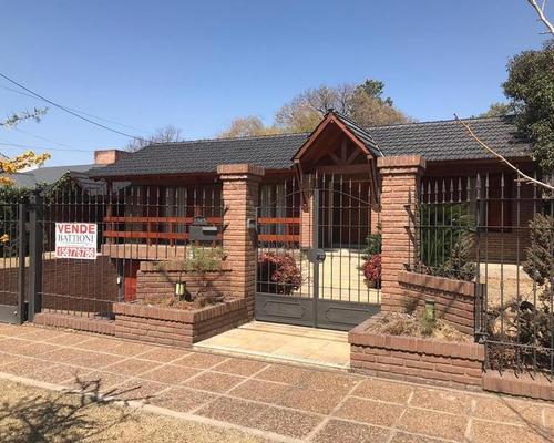 Imagen 1 de 29 de Venta - Casa Villa Belgrano - 3-4 Dormitorios
