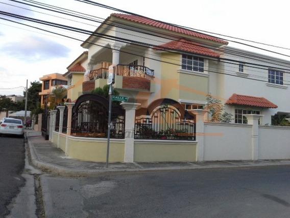 Casa De Venta O Renta En Llanos De Gurabo, Santiago. Kgc-114