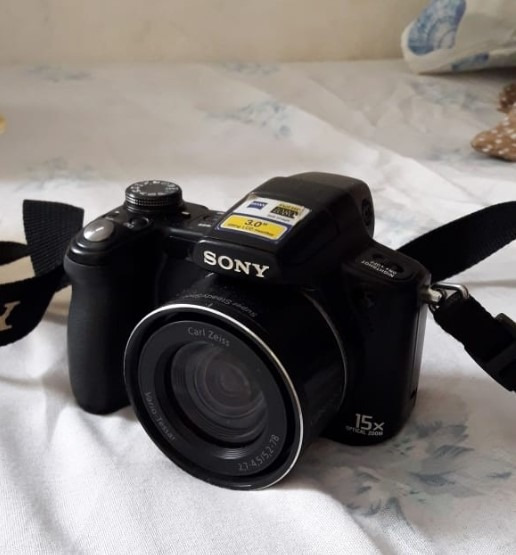Câmera Semiprofissional Sony Cybershot Dsc-h50