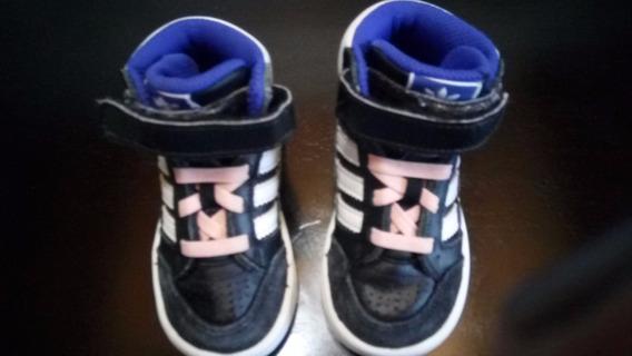 Zapatillas adidas Botitas Num.19