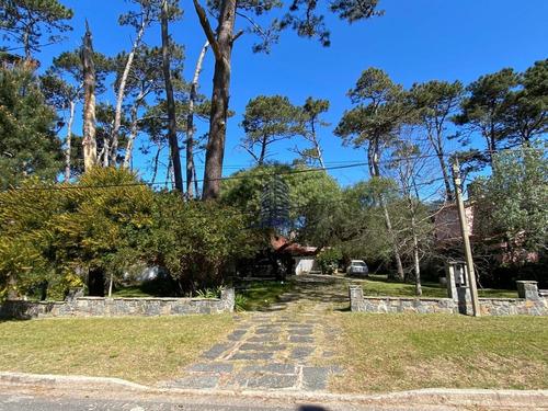 Casa En Venta. 3 Dormitorios- San Rafael - Ref: 1182