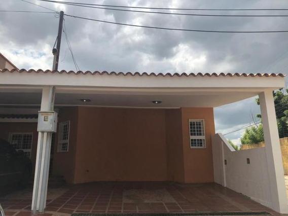 Casa En Alquiler Luis Infante Mls #19-19577