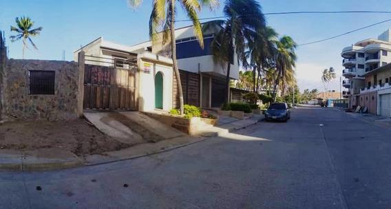 Casa Frente Al Mar En Chichiriviche