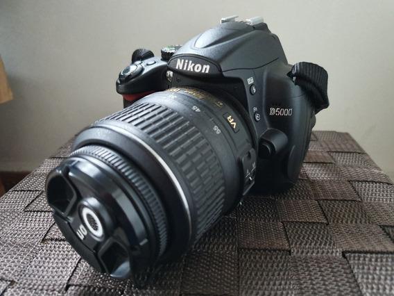 Camera Nikon D5000 + Lente 18-55mm