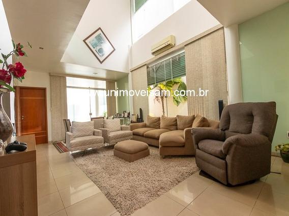 Condomínio Resid. Laranjeiras Casa 200 M², 03 Quartos Sendo 01 Suíte, Bairro Flores - Manaus. - Resid. - 33303307
