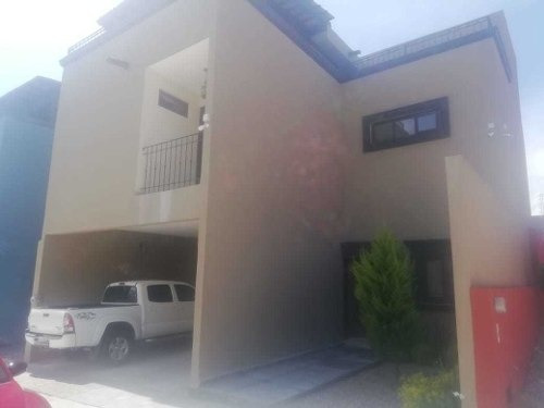 Casa En Renta En Privada Del Valle