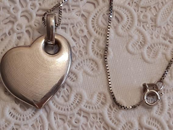 Gargantilha Com Pingente Coração Em Ouro Branco 18k
