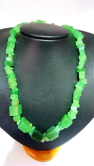 Colar De Pedra Quartoz Verde Natural