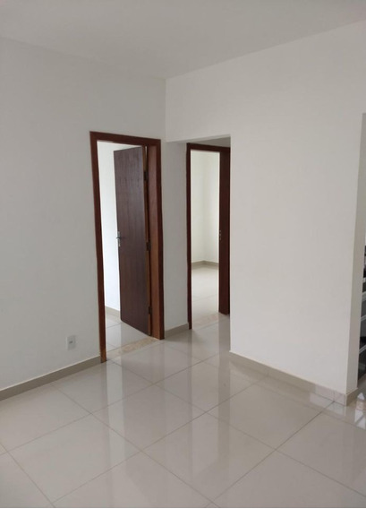 Excelente Apartamento No Bairro Aeroporto - 618