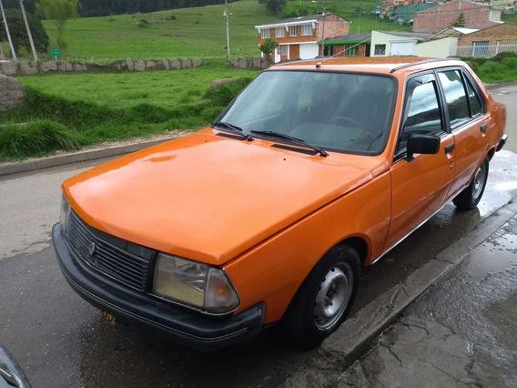 Renault 18 Naranjado 4 Puertas
