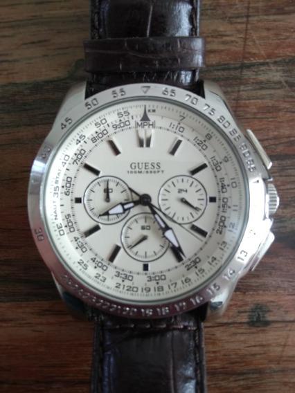 Relógio Guess U13570g2 Prata E Pulseira De Couro Marrom.