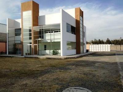 Bodega, Oficinas Y Patio De Maniobras / 10,000 M² / Finsa - Vw / Puebla Pue