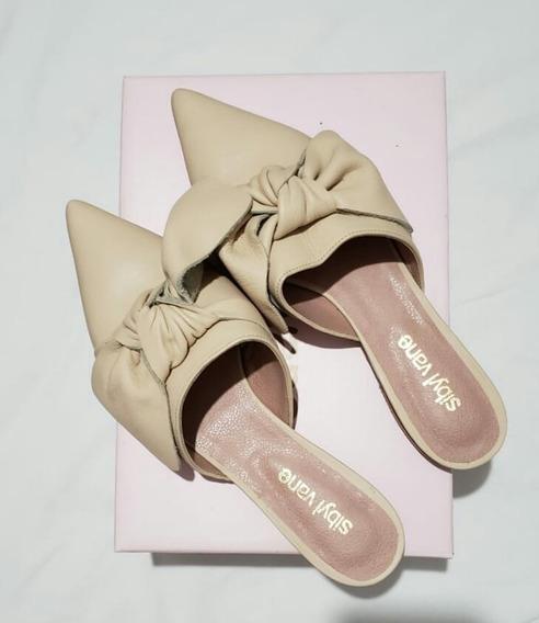 Zapatos Chatitas Zuecos Sibyl Vane Cuero Color Beige