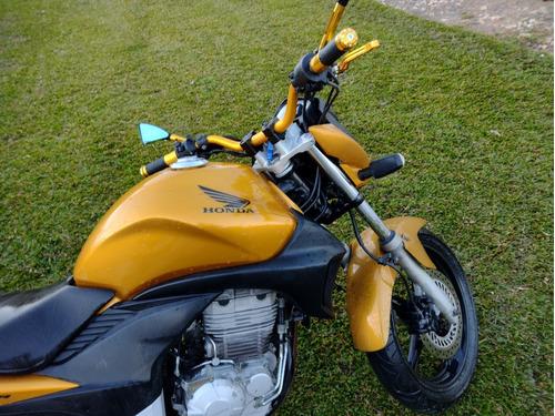 Imagem 1 de 2 de Honda 2010