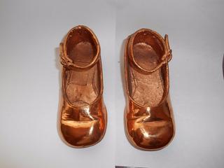 Zapatos De Cobre Tamaño Real De Niña.antiguo