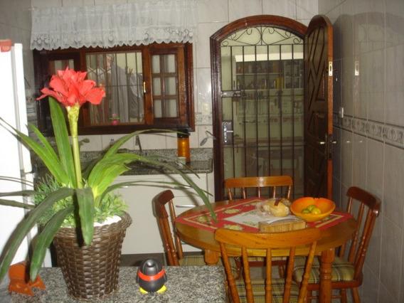 Casa 2 Qtos, Cozinha, Wc, 2 Gars. Próx Praia R$ 215.mil