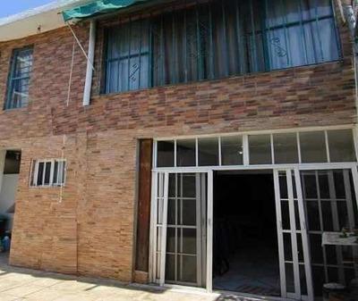 Casa A 5 Minutos De Plaza Forum, En Satelite,cuernavaca