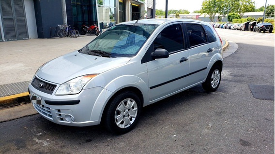 Ford Fiesta Ambiente 1.6 Mp3 2010 Impecable
