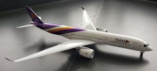 Avión A Escala 1/200sky Marksa350-900