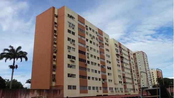 Apartamento En Venta En Barquisimeto #20-2042