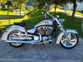 Victory Vegas 1700cc 2007 Harley Davidson Fat Boy Road King