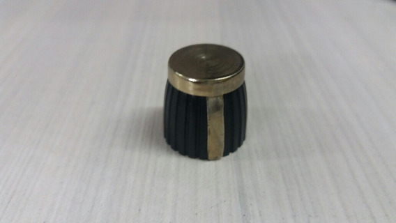 Knob Rotativo Estriado Preto Dourado C/ 25 Unid