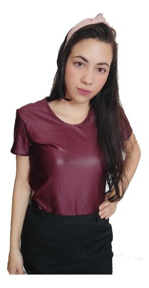 Blusinha T-shirt Camiseta Cirre Couro Fake Linda Manga Curta