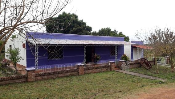 Casa Muy Amplia 2 Dormitorios 1 Baño 2 Living 2 Estufas