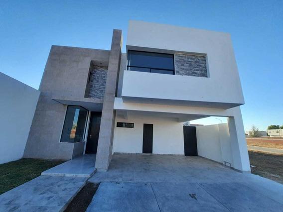 Casa En Venta En Villas Del Renacimiento, Torreon