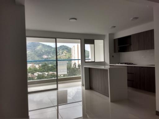 Apartamento En Arriendo Suramerica 472-1068