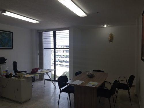 Oficina Renta Centro 60m2 Elevador Estacionamiento Lujo