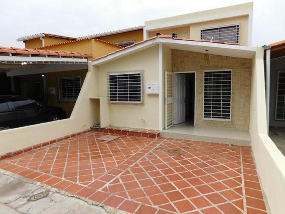 Hermosa Casa En Venta En Cabudare #20-12800