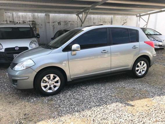 Nissan Tiida 1.8 Tekna 2010