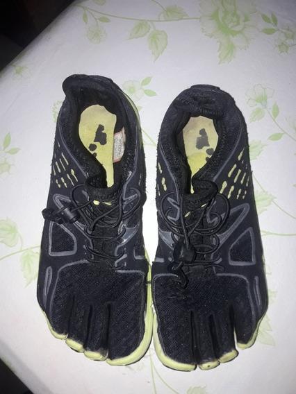 Zapatillas Fila , Dedos N 35.5 Negras