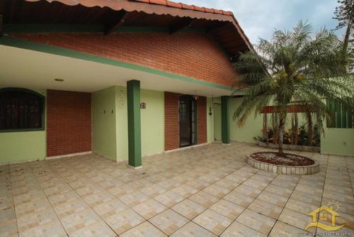 Casa No Bairro 29 Em Peruíbe - Lcc-3409
