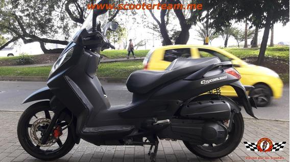 Sym Citycom 300i, Maxiscooter
